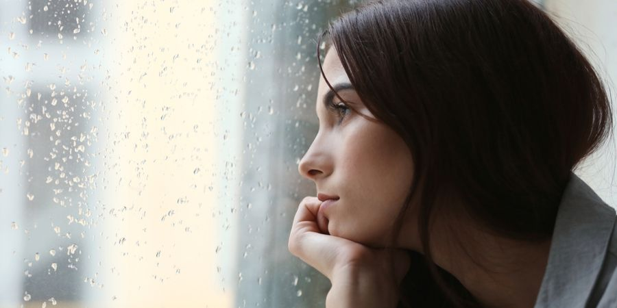 Waarom het geen goed idee is om je emoties op te kroppen